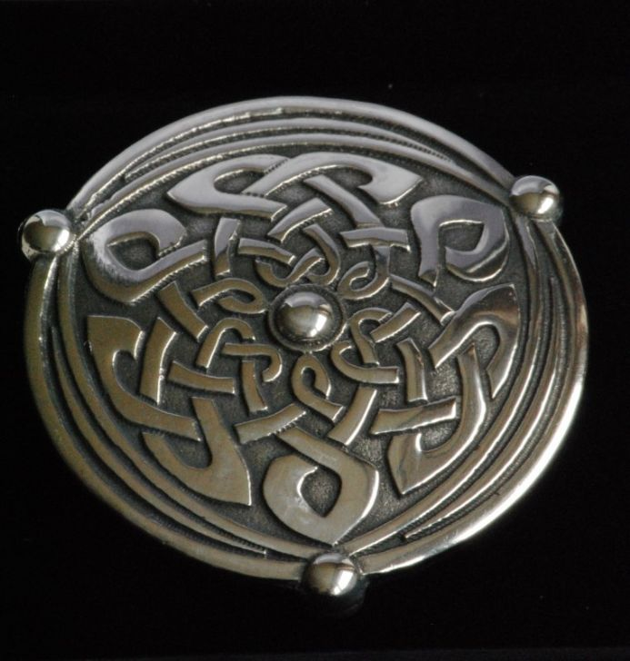 Ladycrow pewter scarf ring Shield